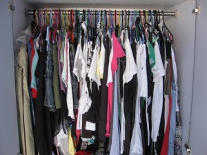 home-cleaning-wardrobe-service